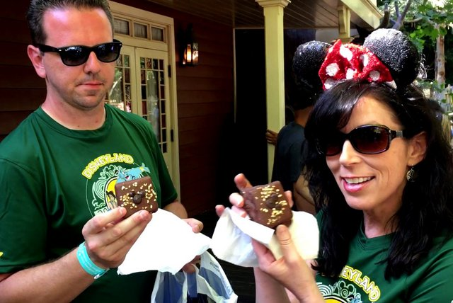 Disneyland Snacks: Our Quest for the Best!