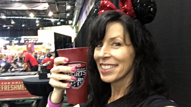 Disney's 2016 Wine & Dine Half Marathon Weekend Expo