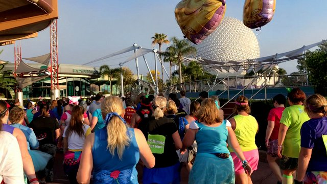 Disney's Princess Enchanted 10k Recap | 2017 Princess Half Marathon Weekend
